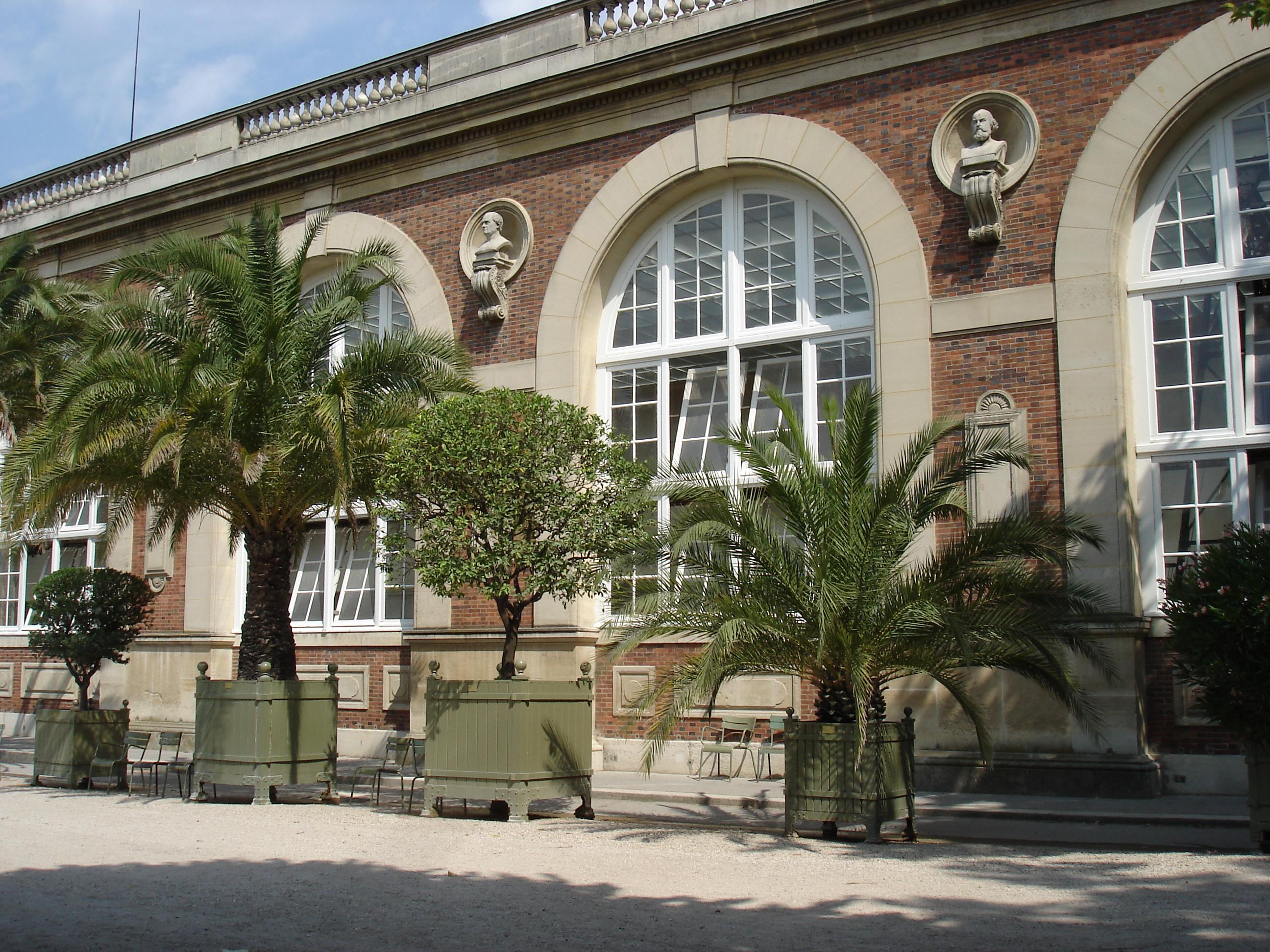 file orangerie du jardin du luxembourg 18 july