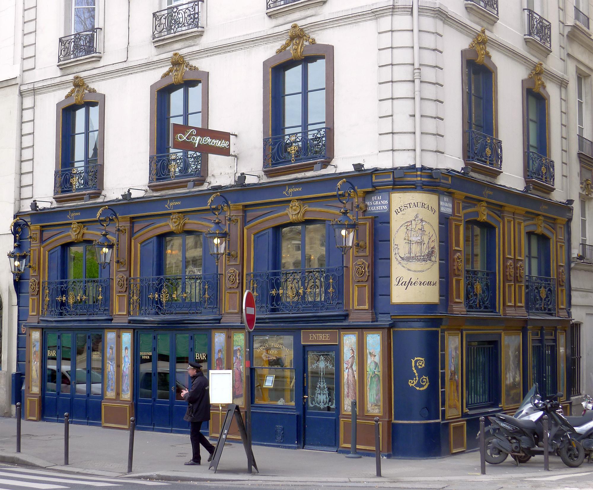Rue D Hauteville Restaurant