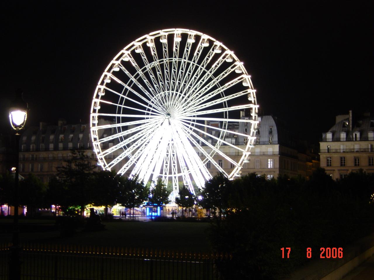 Tuileries Garden At Night Garden Ftempo