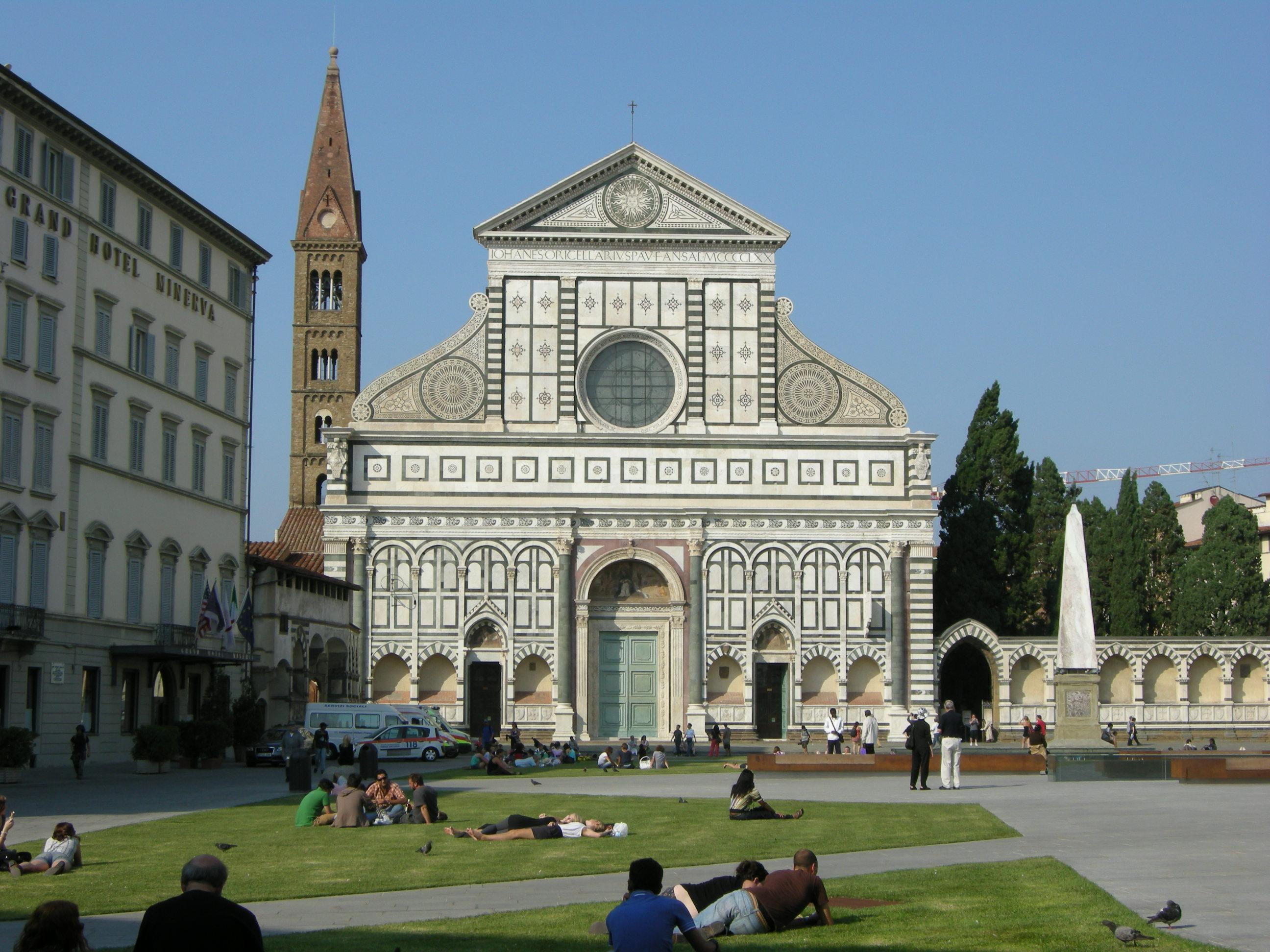 Resultado de imagem para Piazza Santa Maria Novella