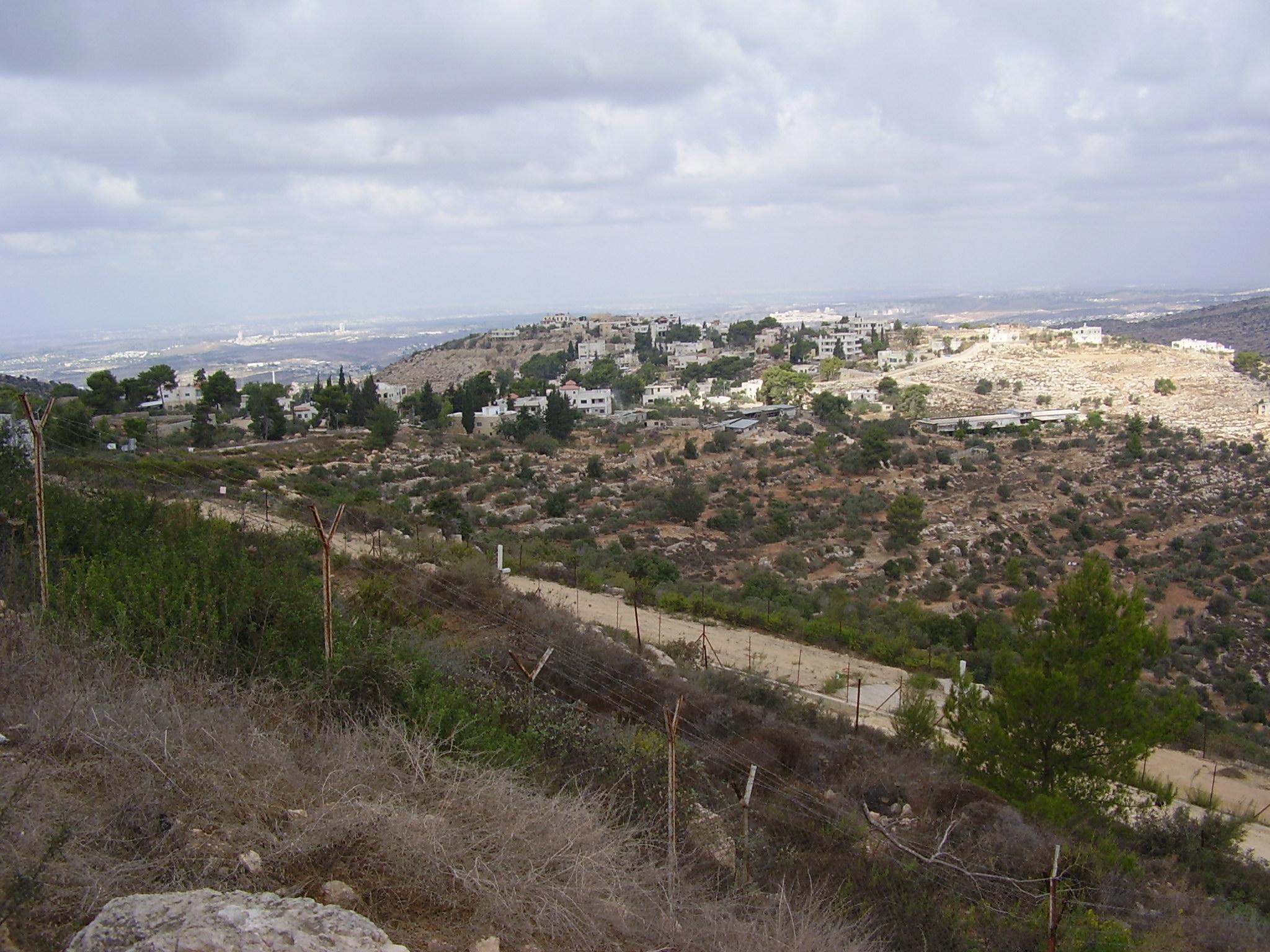 בית חורון: File:PikiWiki Israel 9676 Matat Look-out In Bet-horon.jpg
