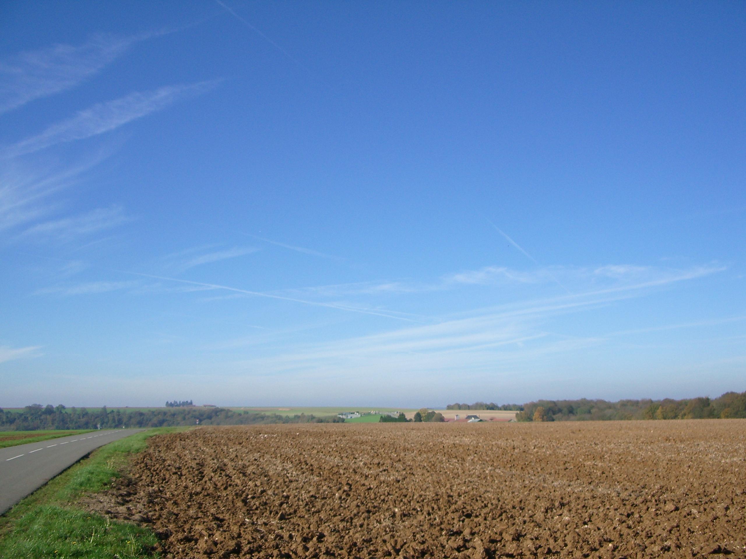 Plateau_du_Chemin_des_Dames.JPG