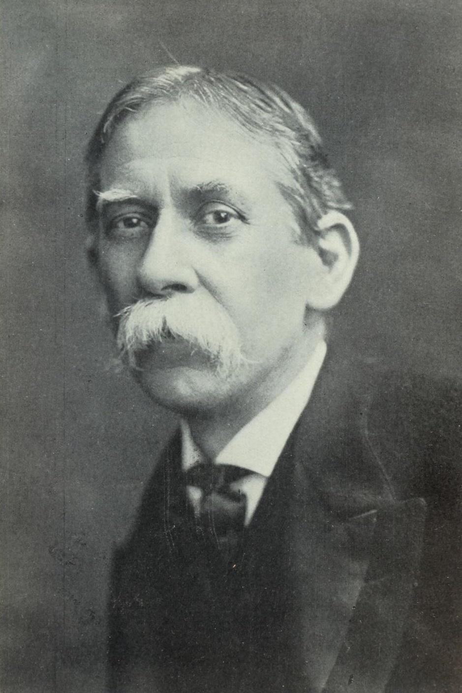 Portrait of Talcott Williams.