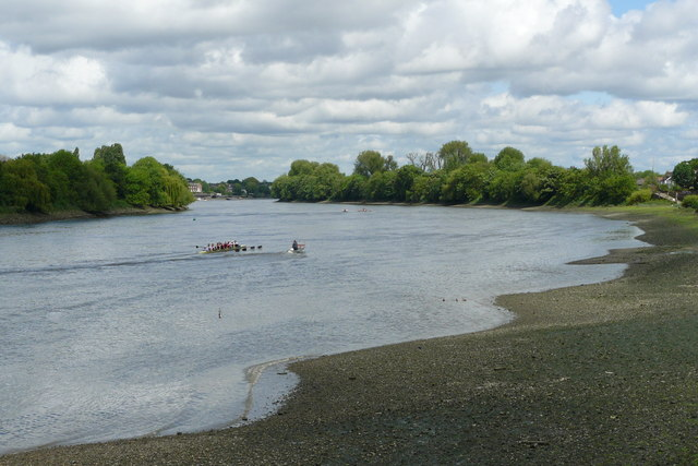 River Thames From Barnes - geograph.org.uk - 1310028