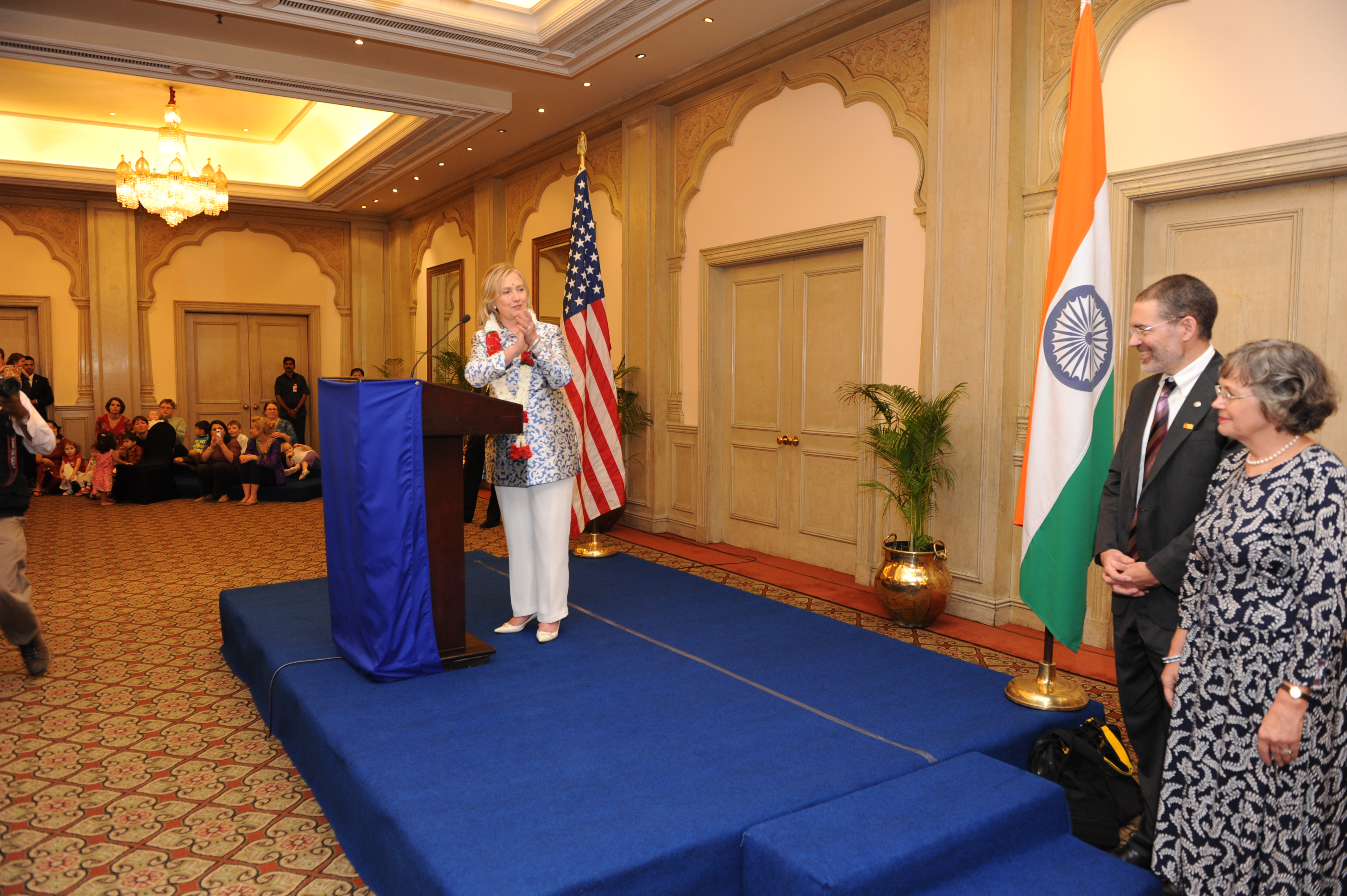 FileSecretary Clinton Delivers Remarks To Staff And Family - Us consulate chennai map