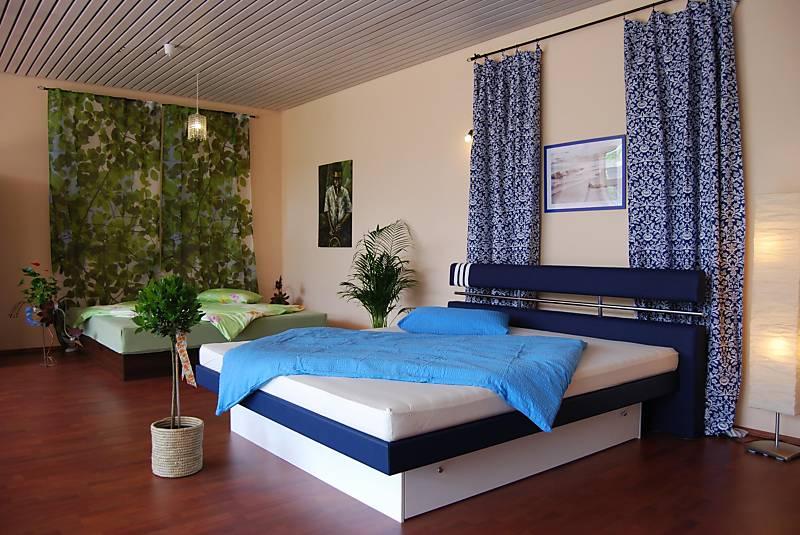 das schlafzimmer eine oase zum tr umen. Black Bedroom Furniture Sets. Home Design Ideas