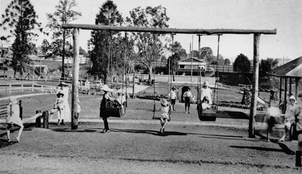 File Statelibqld 1 104428 Children S Playground At Ithaca