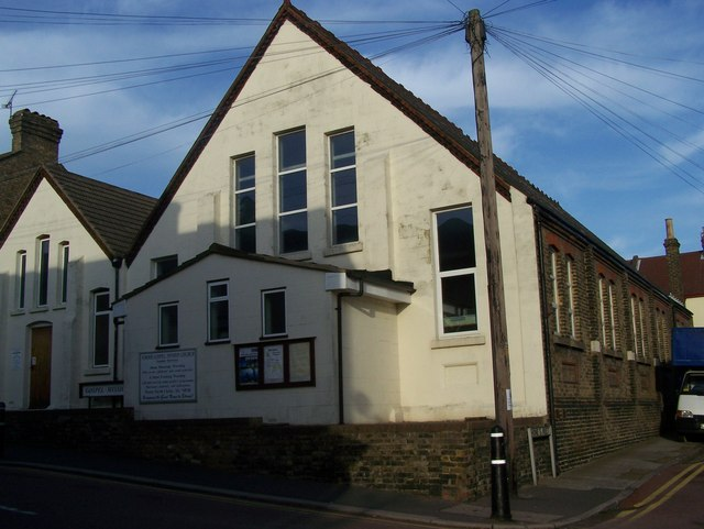 File:Strood Gospel Mission Church - geograph.org.uk - 1053649.jpg