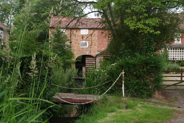 Tealby Thorpe Watermill on the River Rase (geograph 3556417)