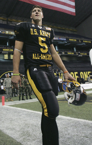 Tebow at the 2006 U.S. Army All-American Bowl Tebow army all american.jpg
