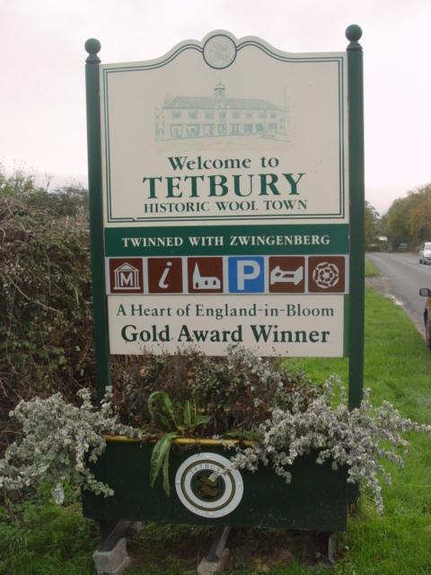 Tetbury_Town_Sign_-_geograph.org.uk_-_27