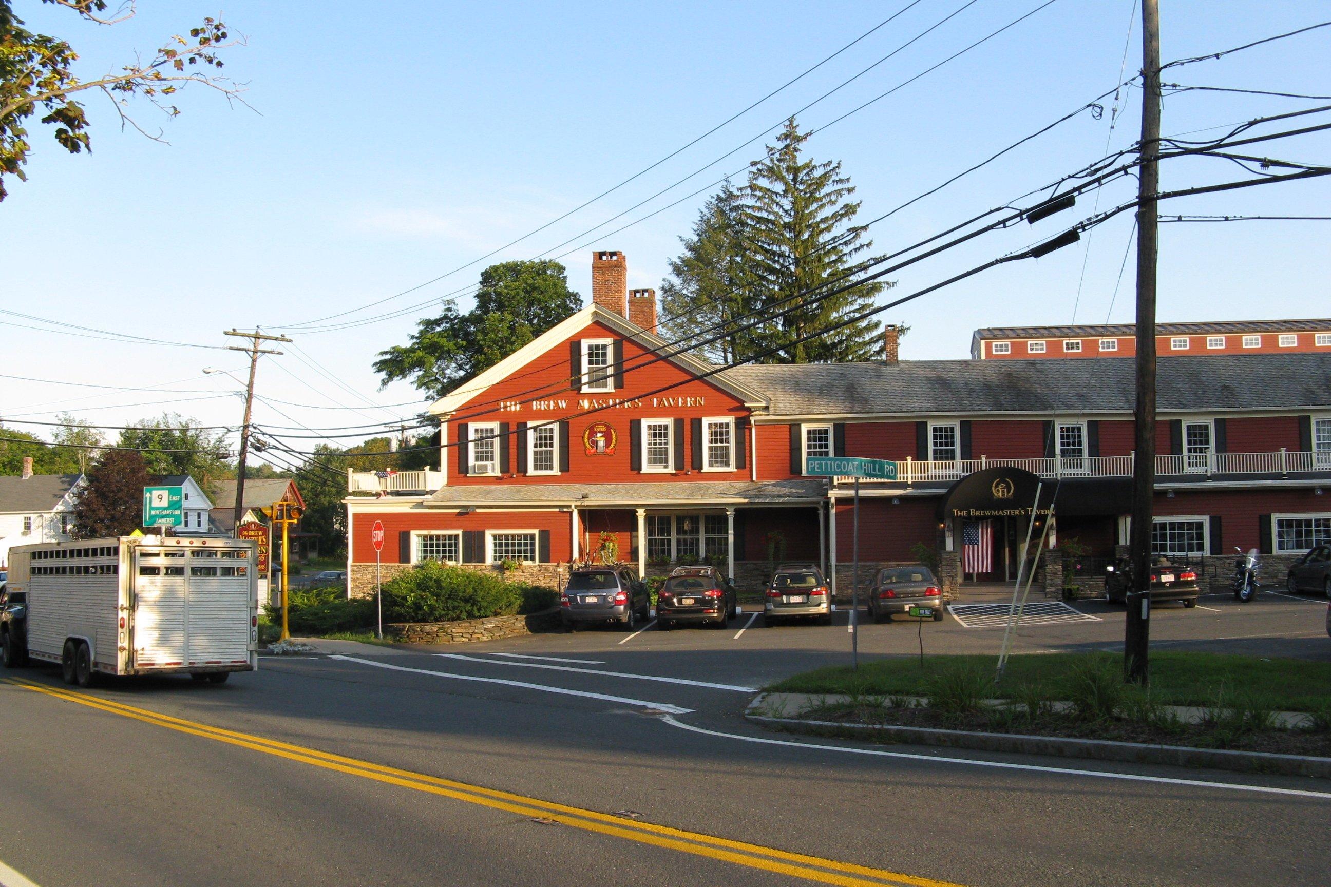 Descripción the brewmasters tavern williamsburg ma