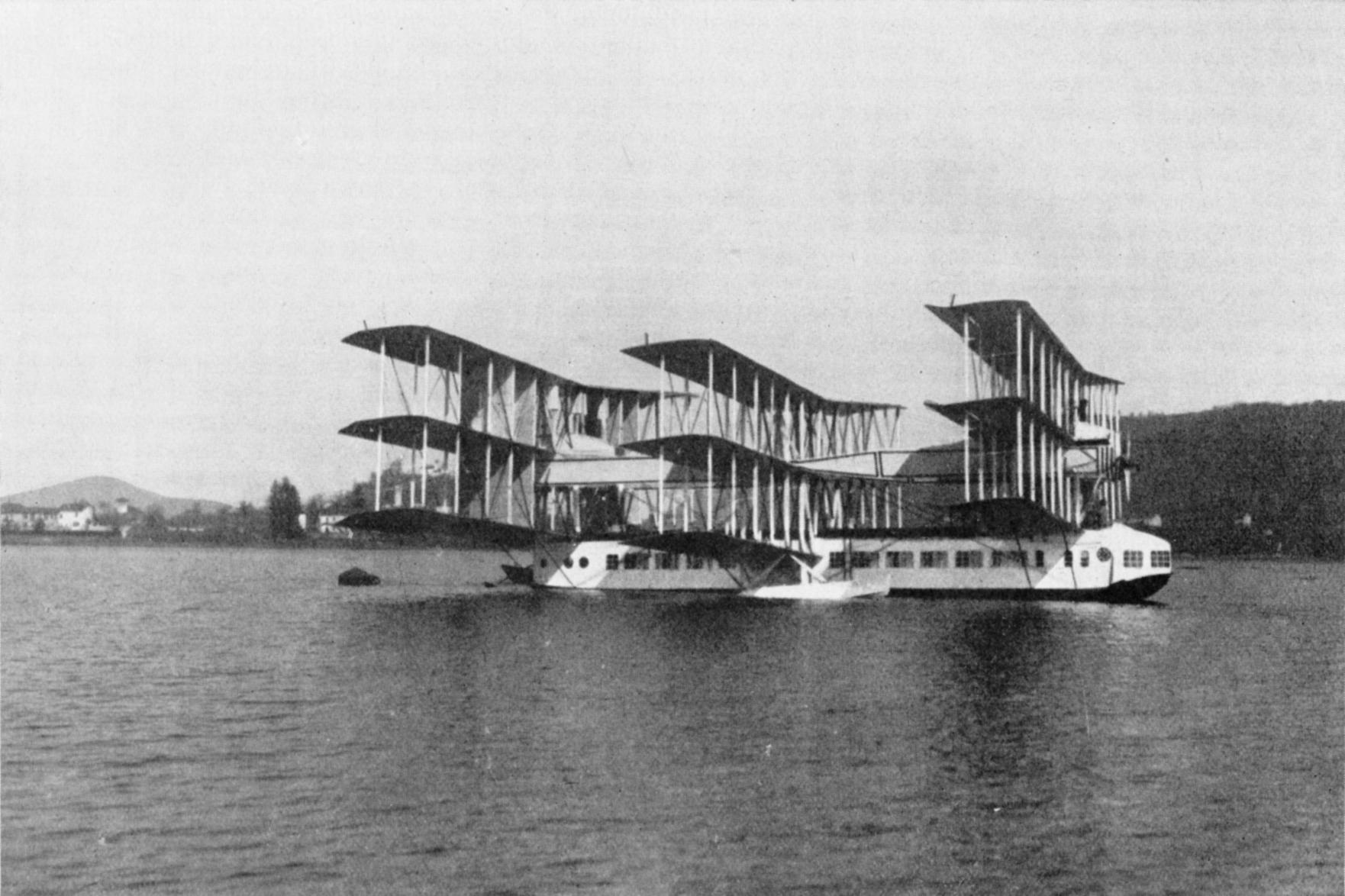 The_Caproni_Ca.60_on_Lake_Maggiore,_1921