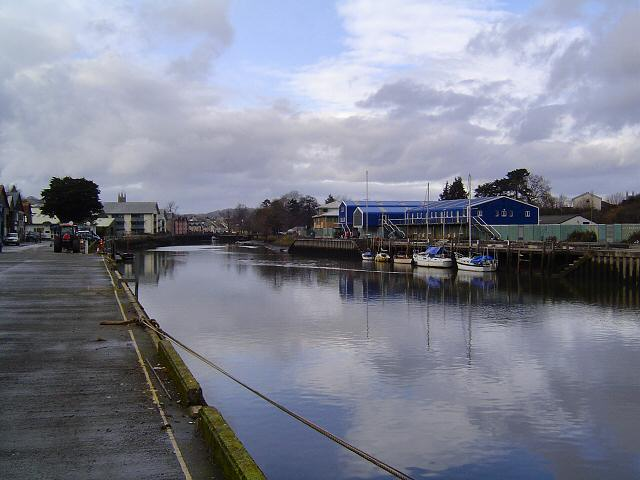 The riverside at Totnes - geograph.org.uk - 125675