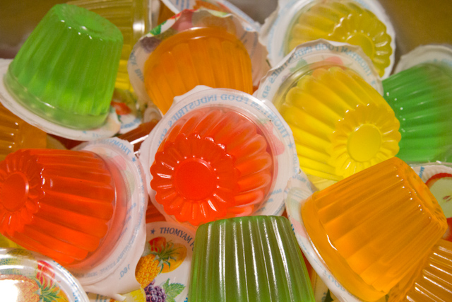 Description Thomyam Fruit Jellies.jpg