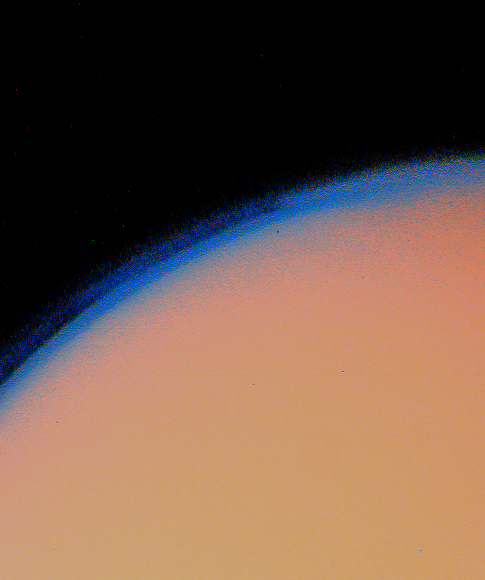 Titan%27s thick haze layer-picture from voyager1.jpg