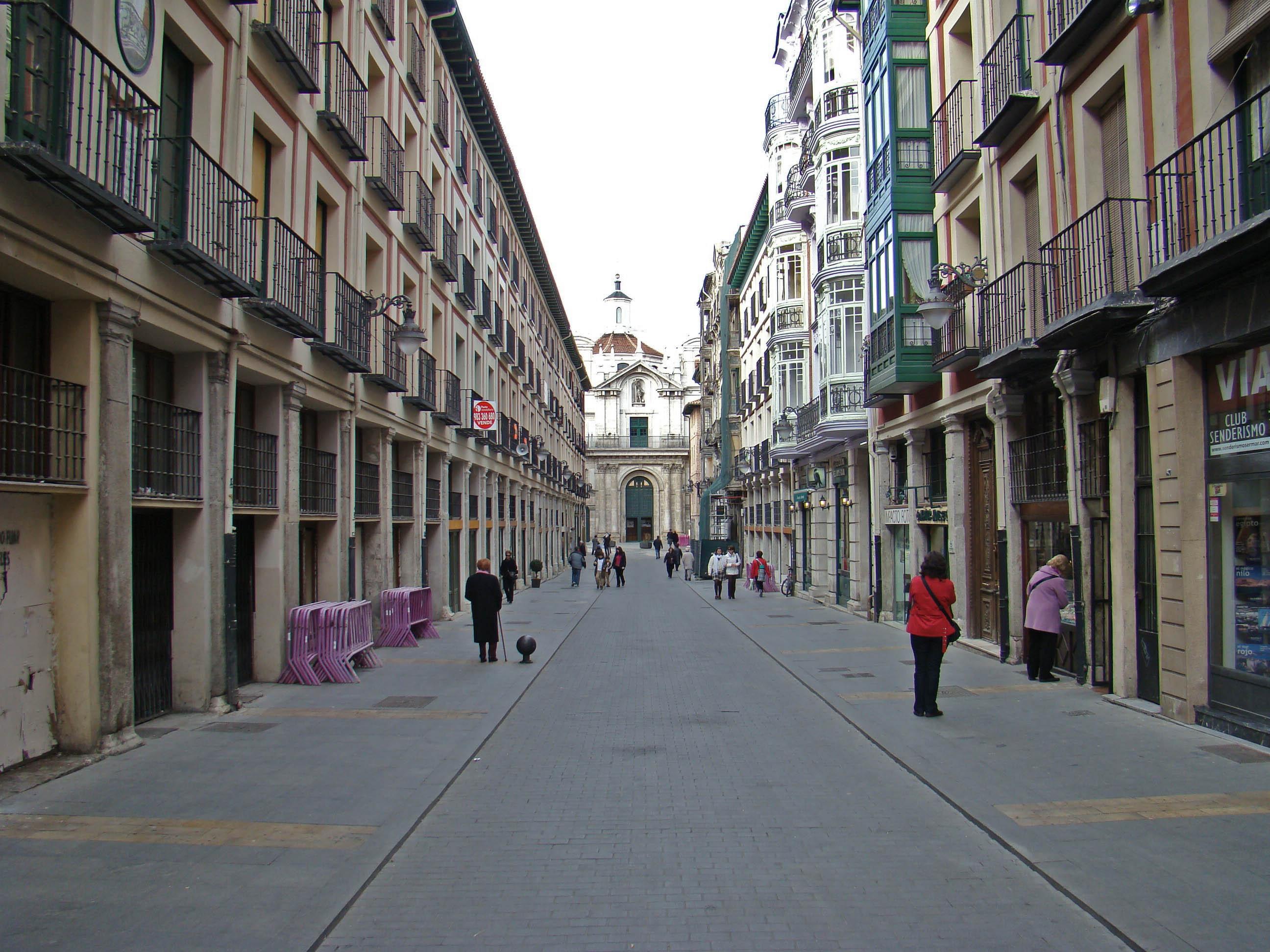 File valladolid calle plateria wikimedia commons - Calle santiago madrid ...