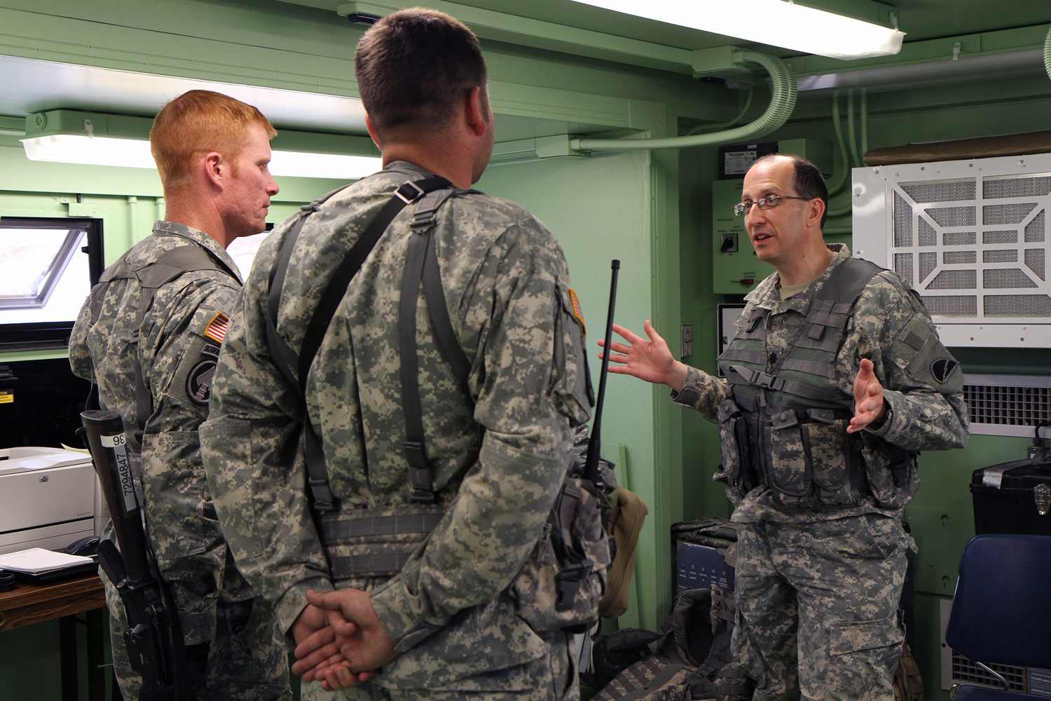 being on time in the army I worked at us army reserve full-time (more than 10 years) pros good  compensation, educational opportunity, training and advancement.