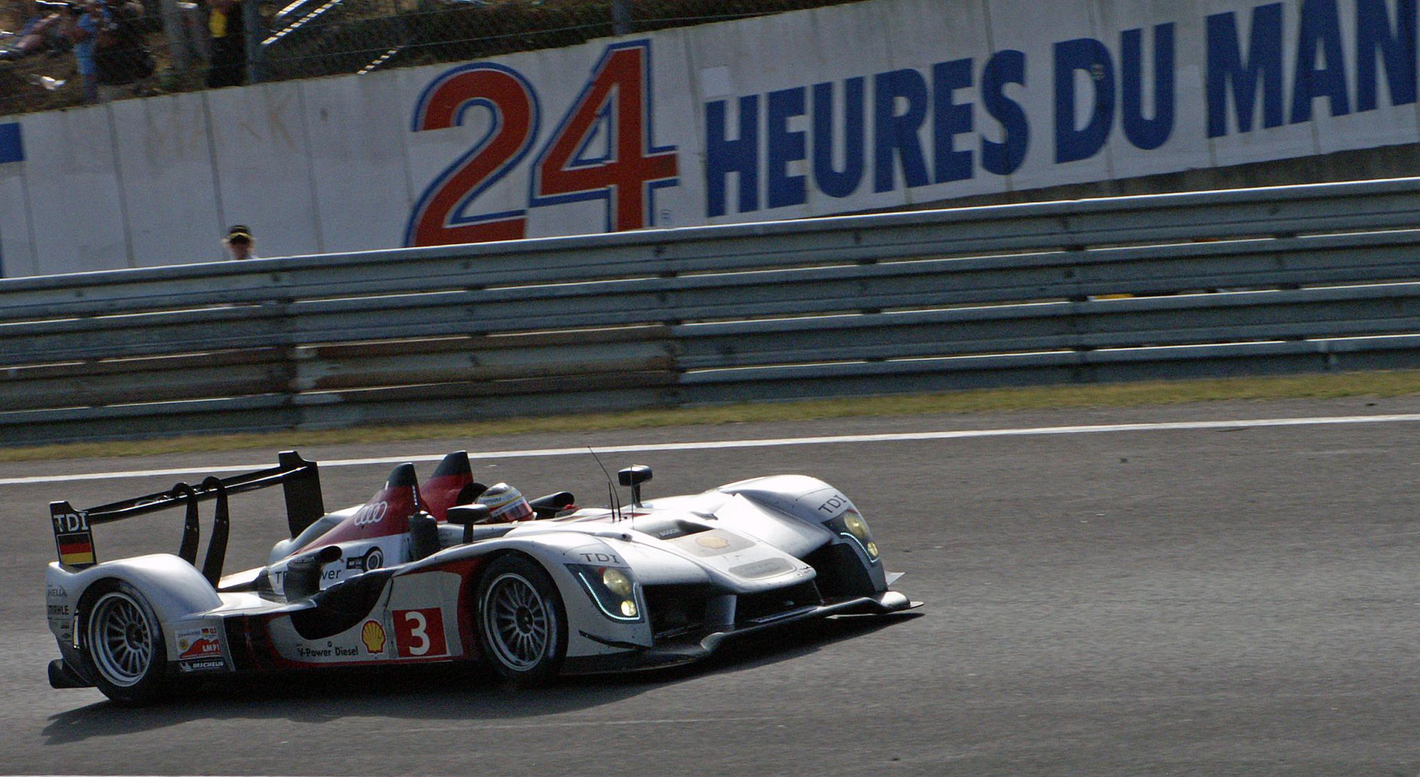 Audi_R15_TDI_Mans.jpg