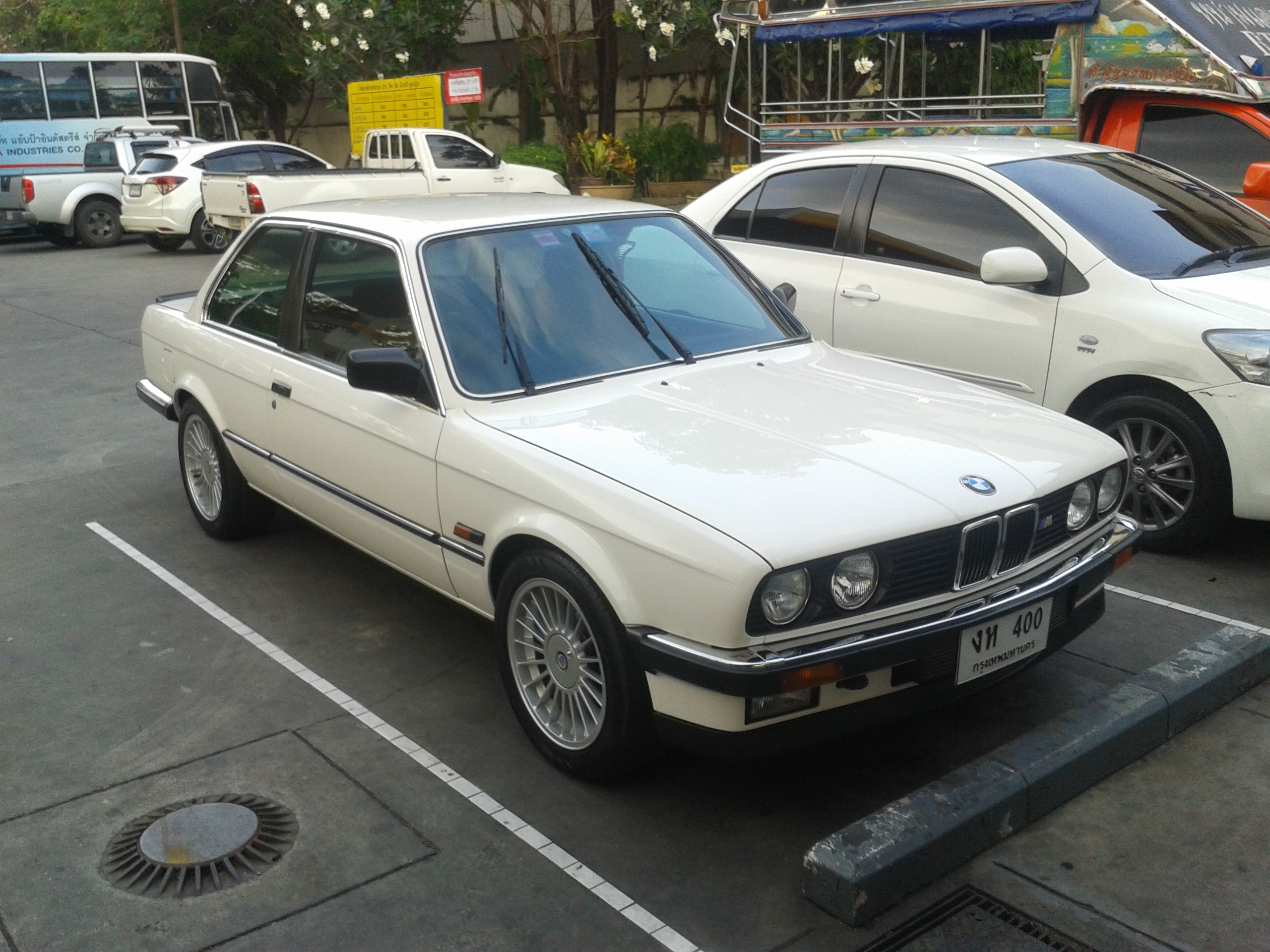 File Bmw 316 Alpina E30 Coupe In Thailand 02 Jpg Wikimedia Commons
