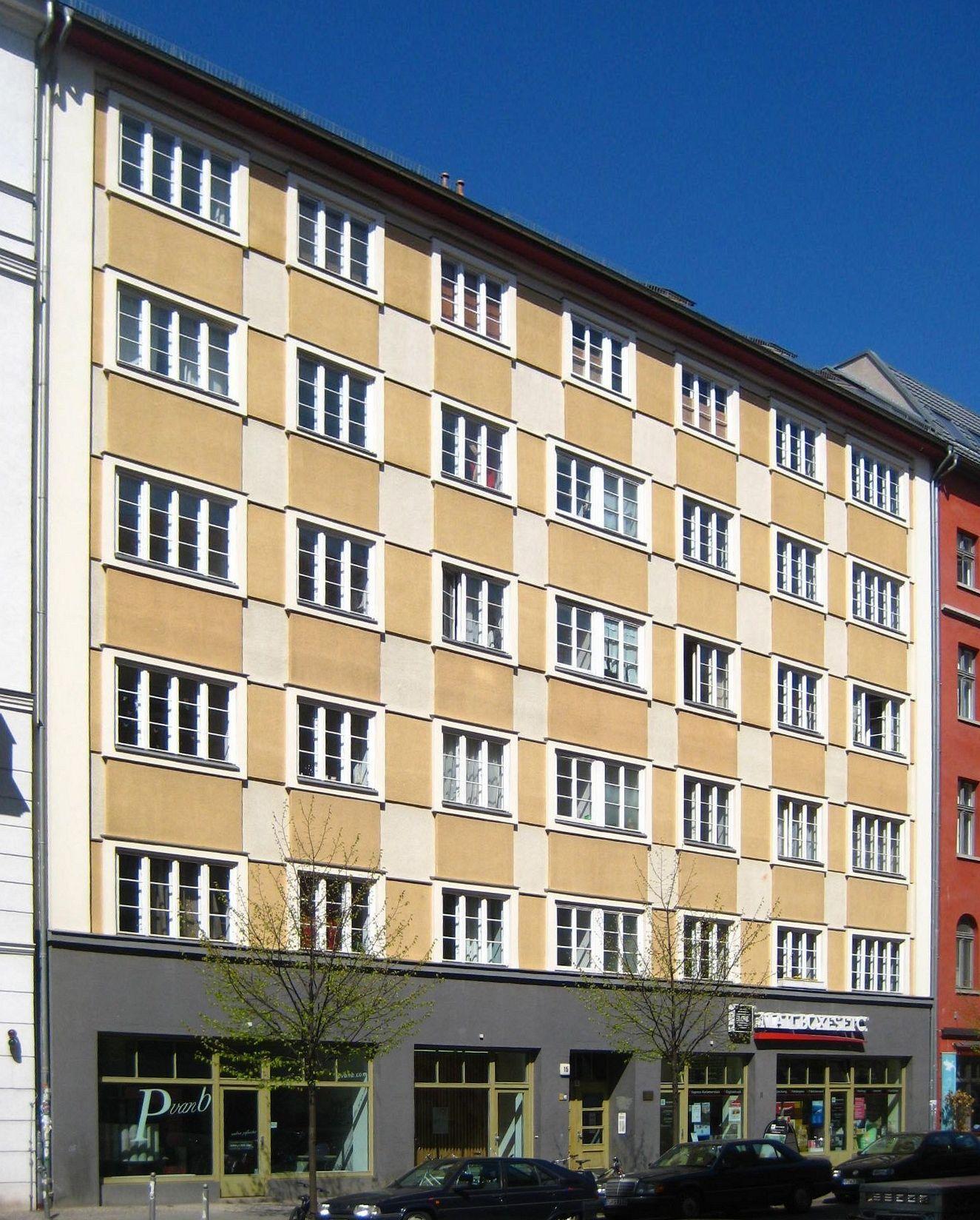 file berlin mitte rosa luxemburg strasse 15 wohn und wikimedia commons. Black Bedroom Furniture Sets. Home Design Ideas