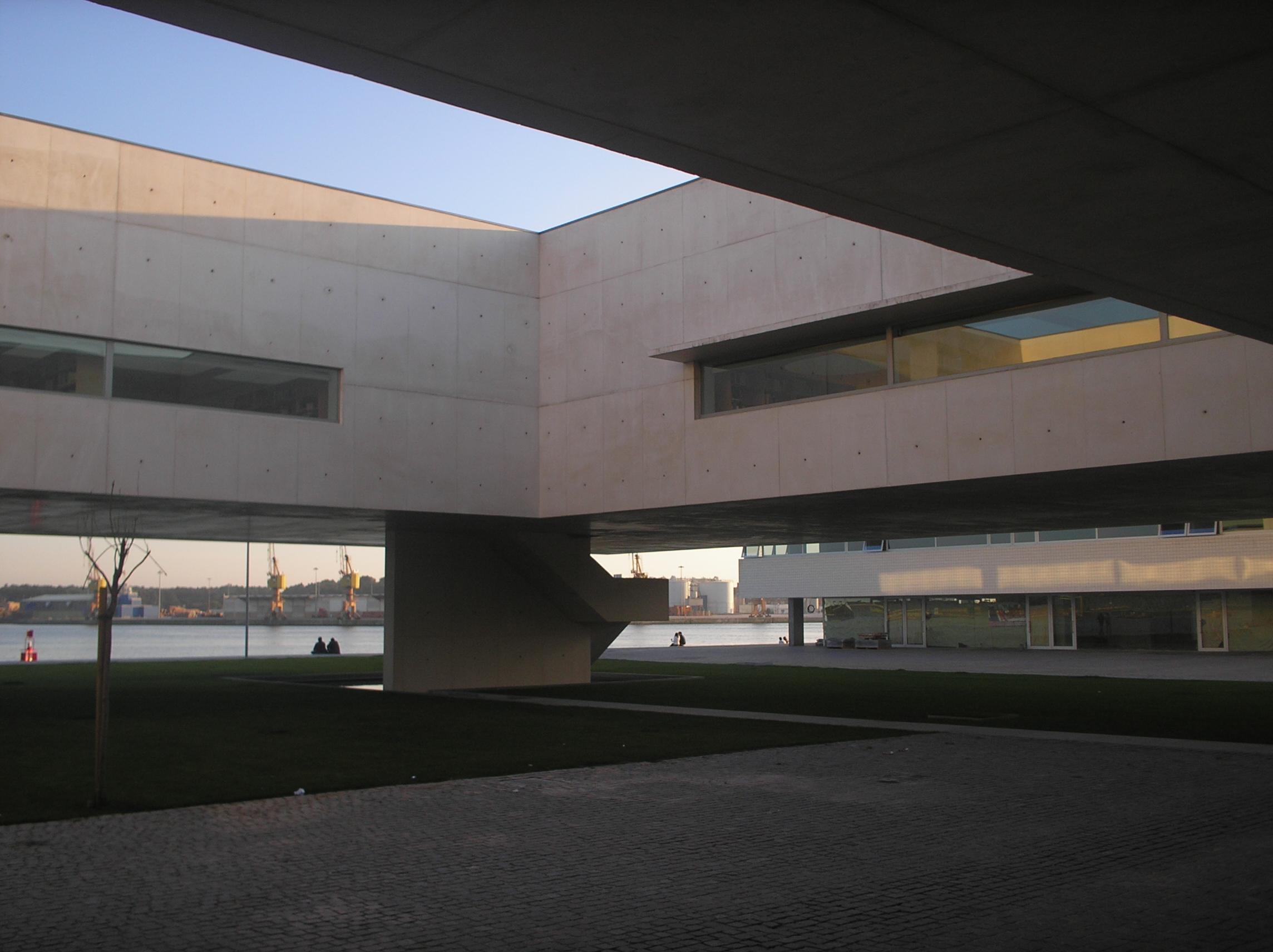 Ficheiro:Biblioteca Municipal de Viana do Castelo.JPG – Wikipédia, a  enciclopédia livre