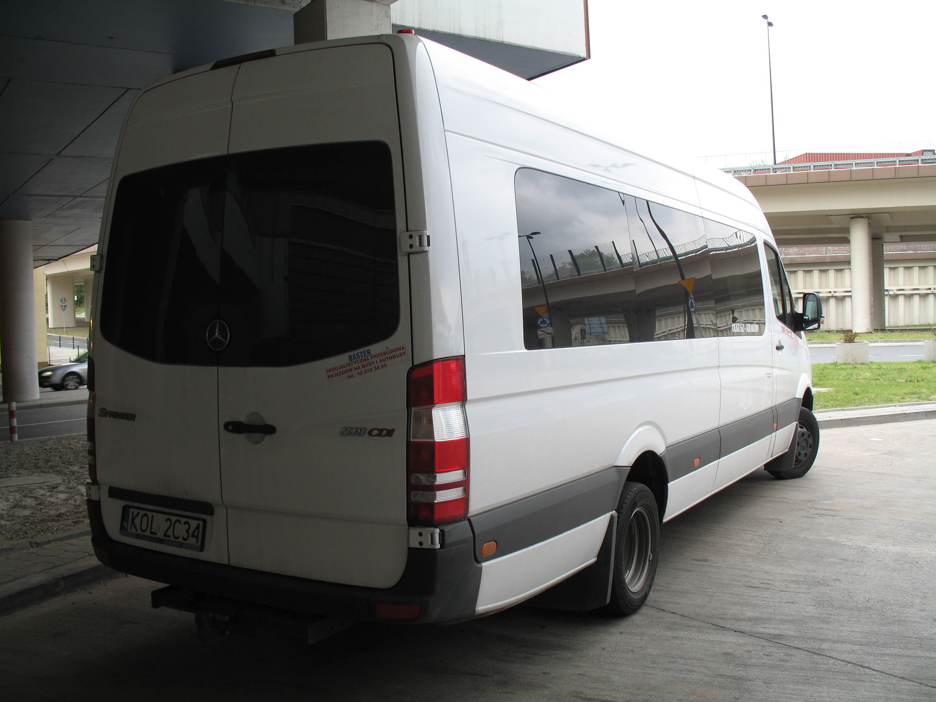 File bus mercedes benz sprinter wikimedia commons for Mercedes benz coach