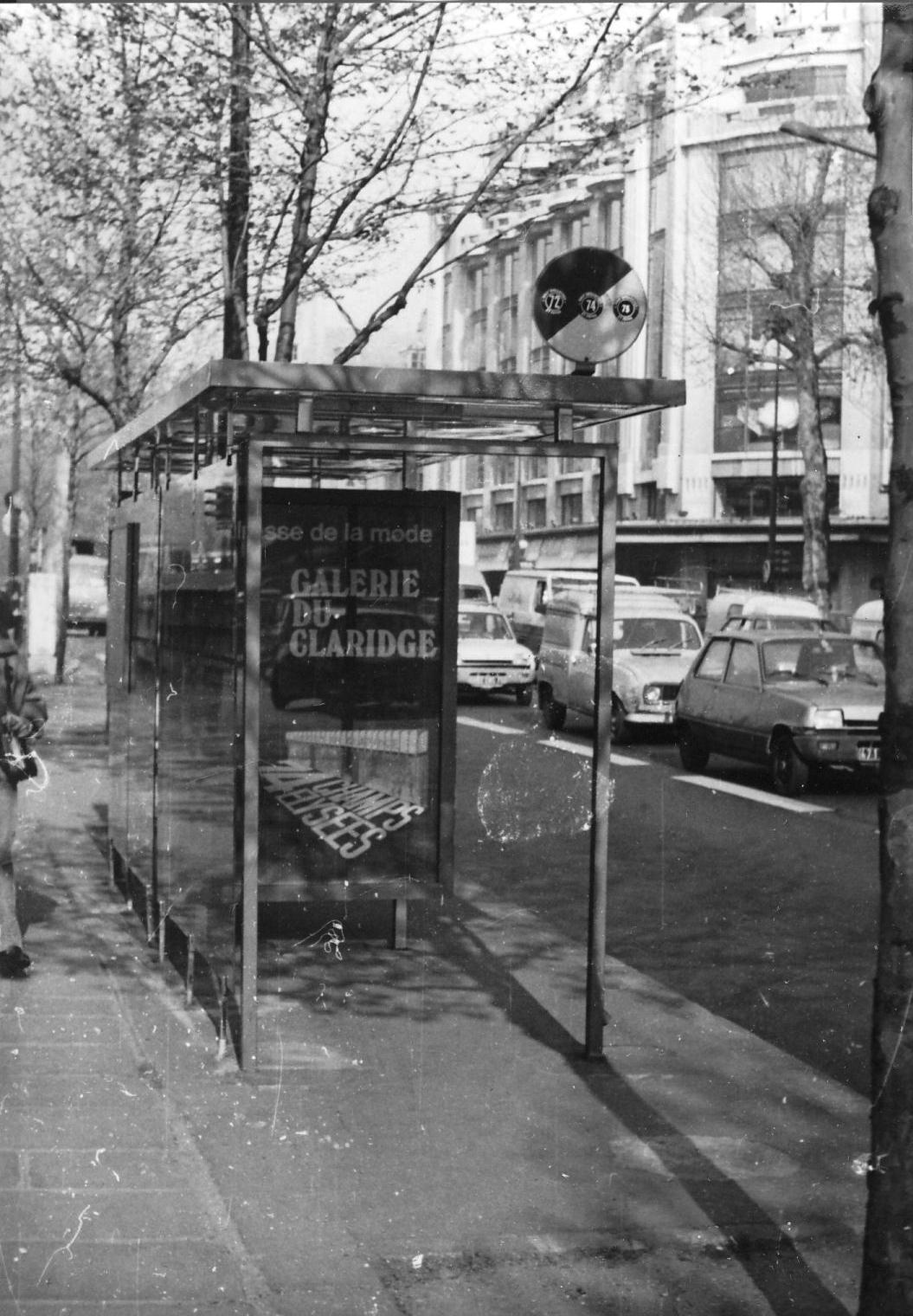 file bus stop quai de la m gisserie paris. Black Bedroom Furniture Sets. Home Design Ideas