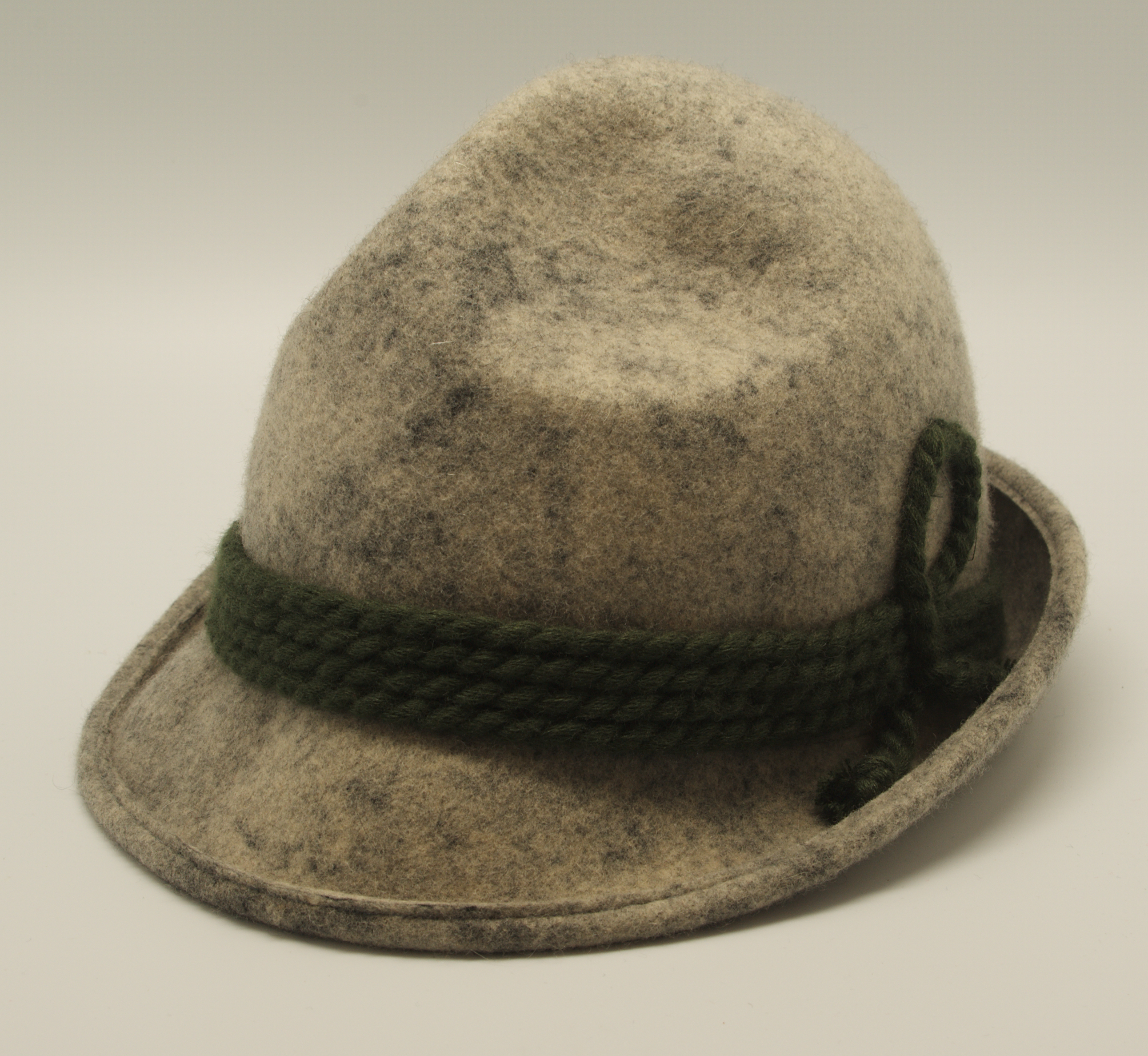 badfb21f7c6 Tyrolean hat - Wikipedia