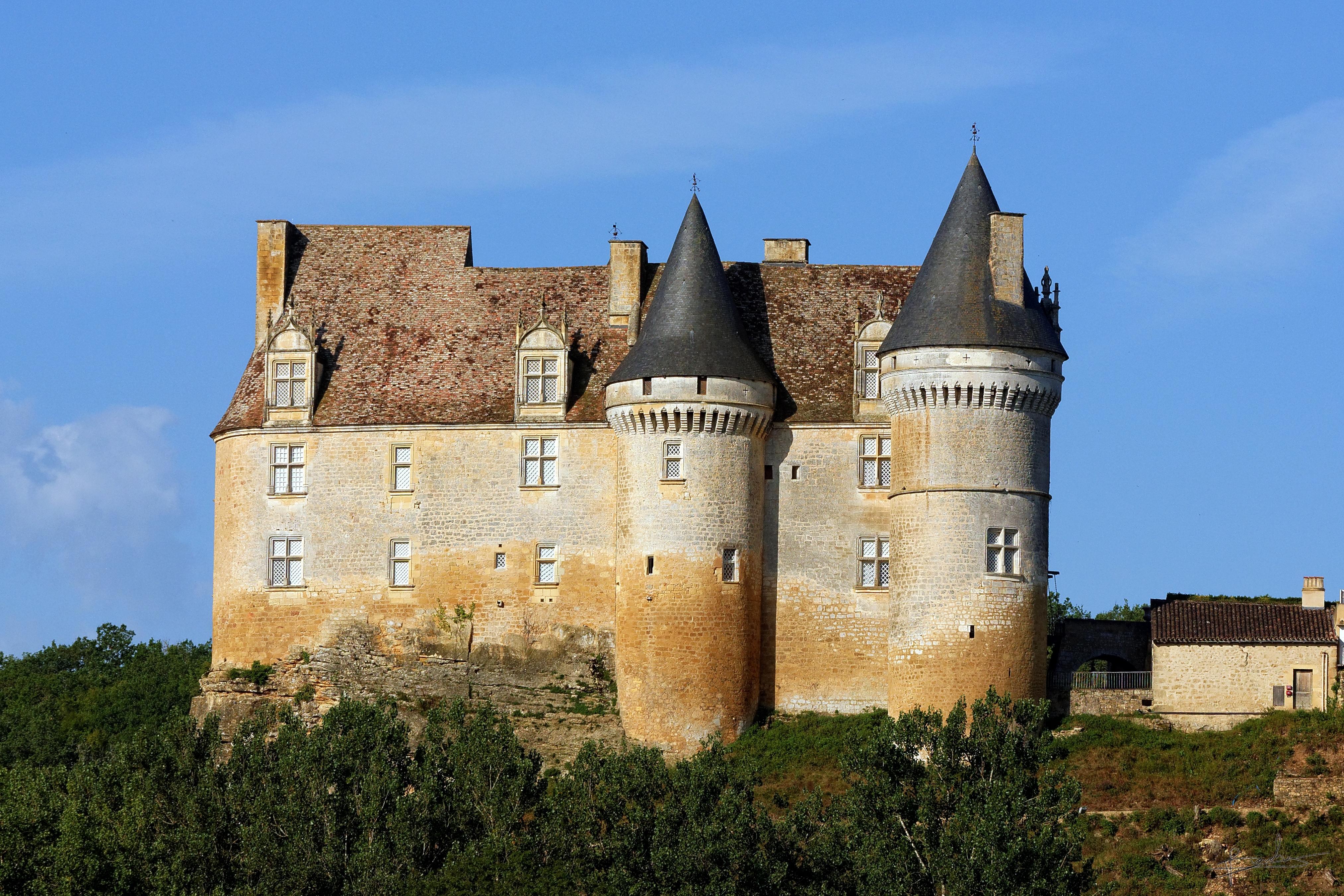 Chateau A Cote Du Restaurant Les Moranieres