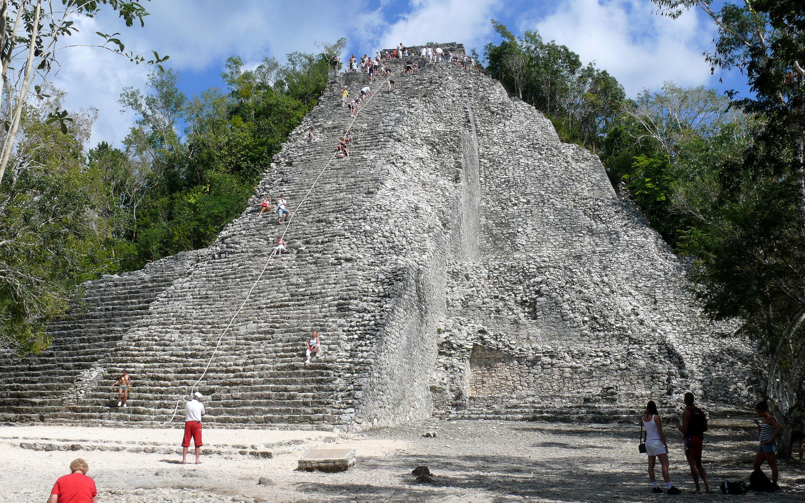 coba pyramid how tall