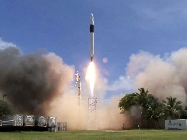 Liftoff of Falcon 1 Flight 4 on September 29, 2008 carrying Ratsat demo