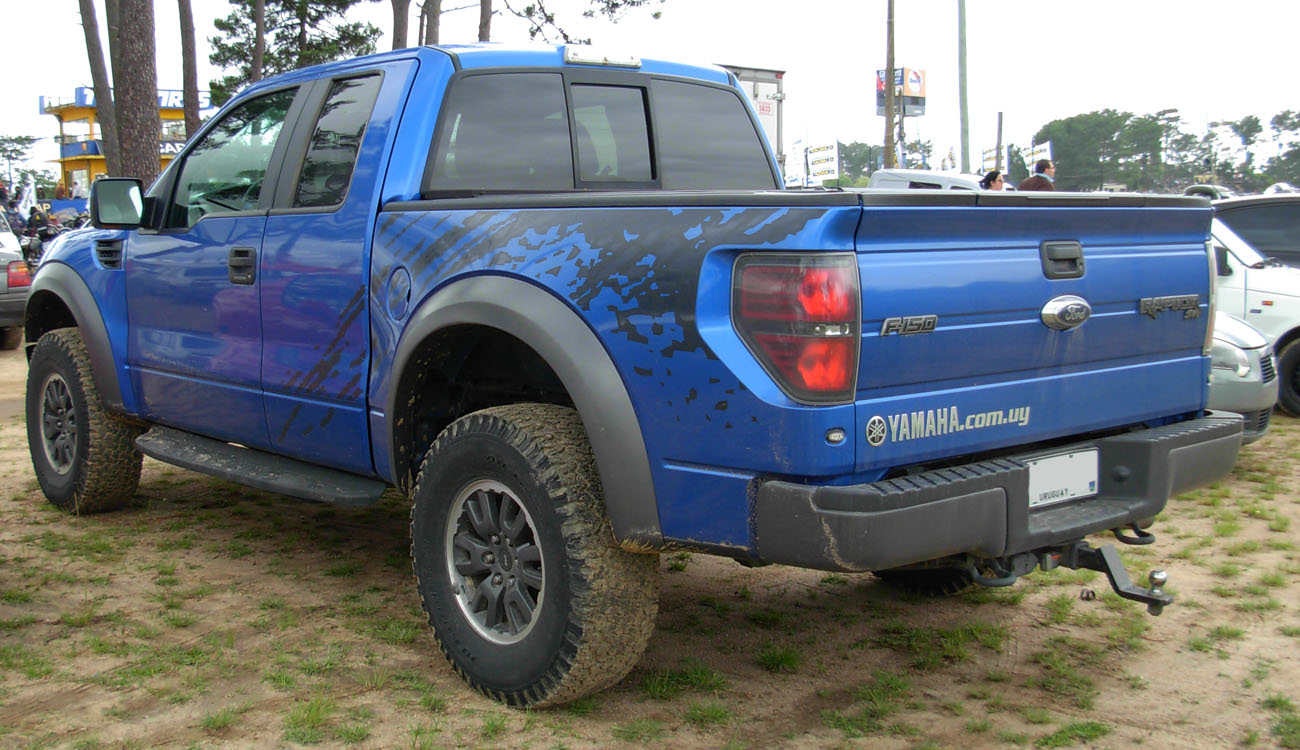 Fileford f 150 raptor svt blue rear jpg