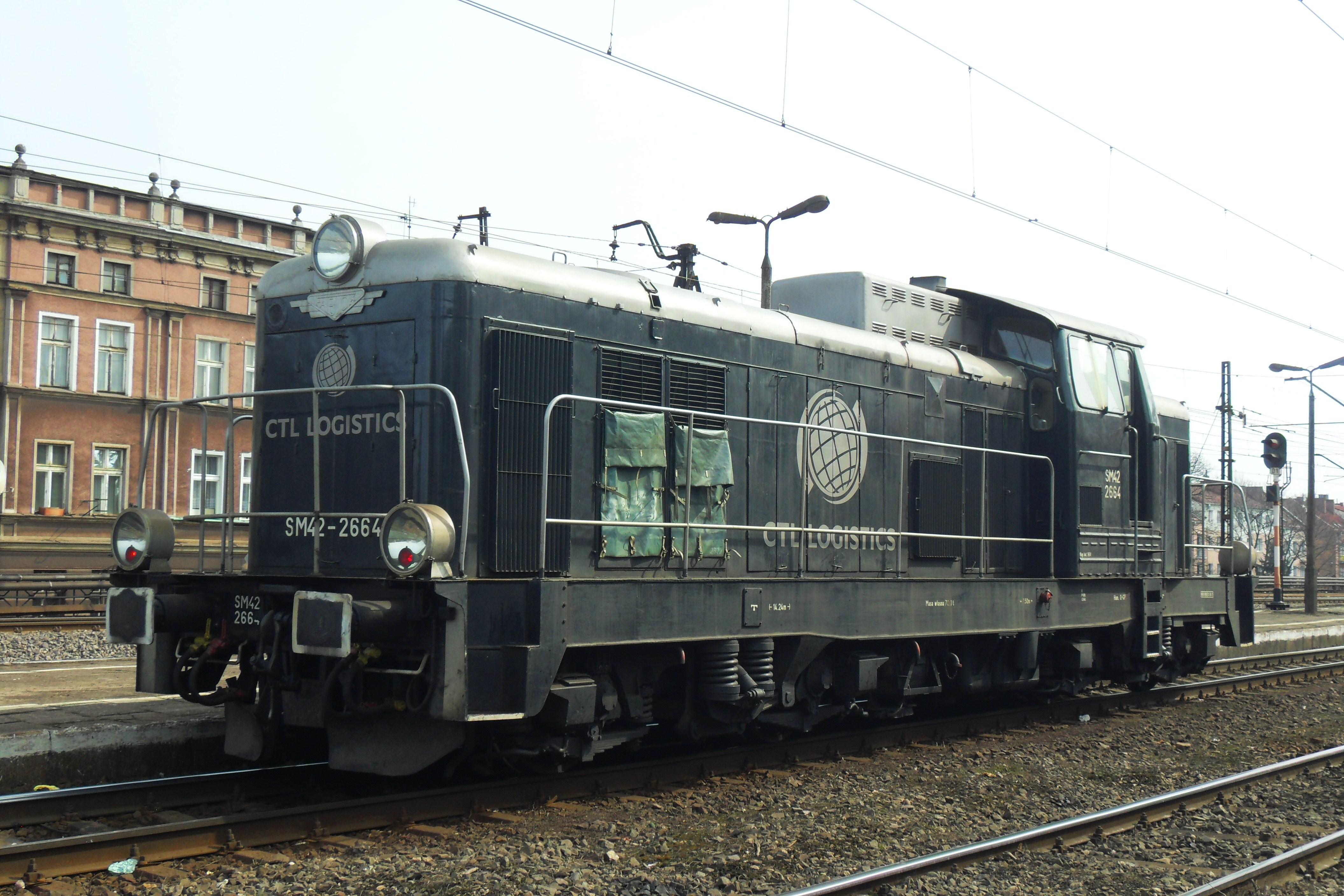 File:Gdańsk Wrzeszcz SM42 2664 CTL LOGISTICS.JPG