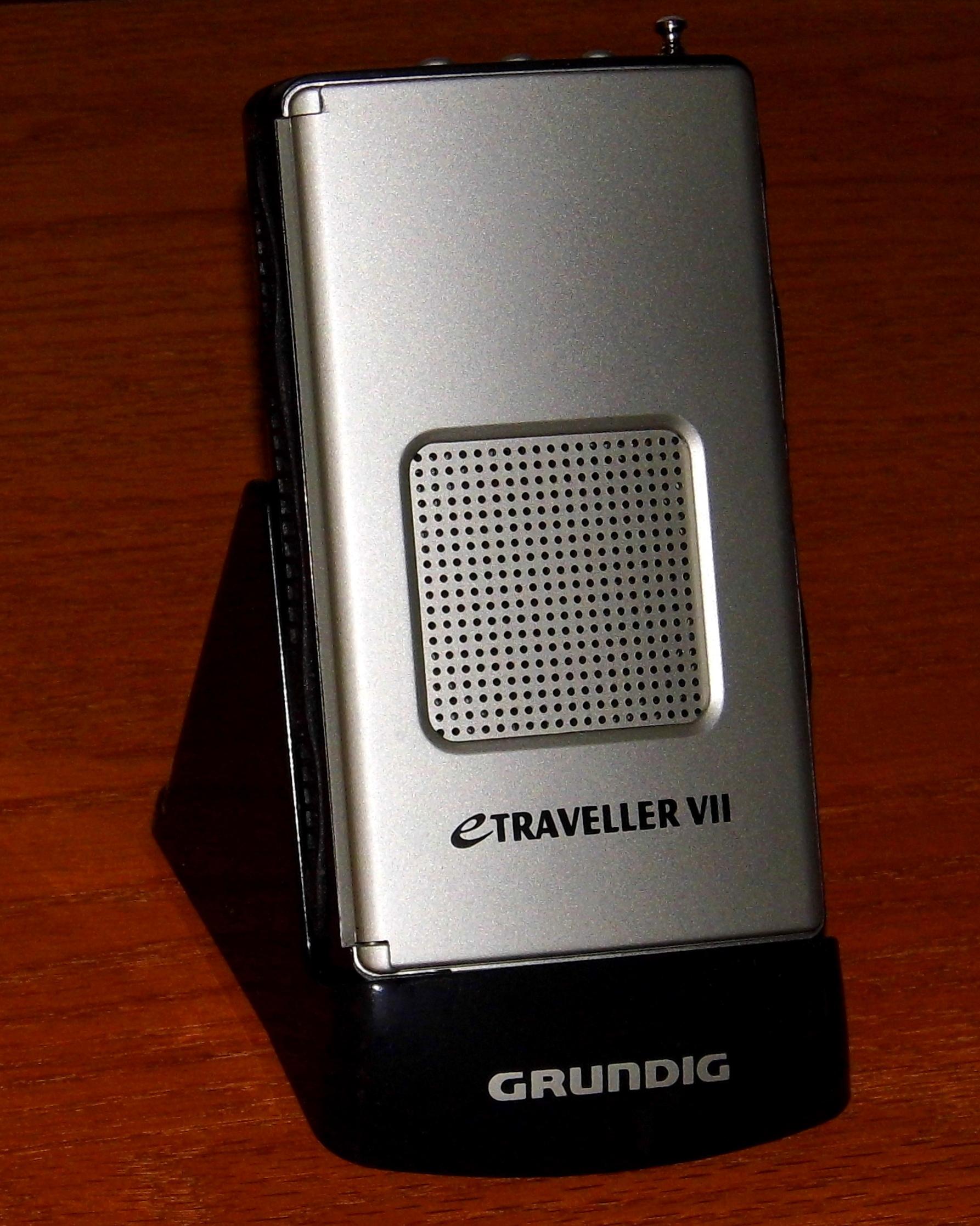 File:Grundig eTraveller VII AM-FM Shortwave Radio, Made In