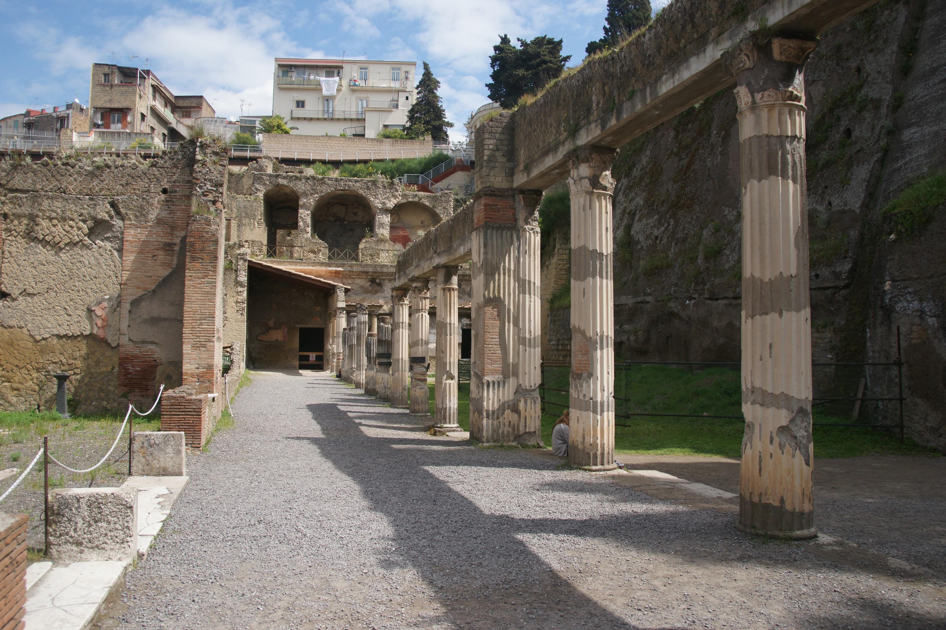 Pompeii Herculaneum And Mount Vesuvius Tours