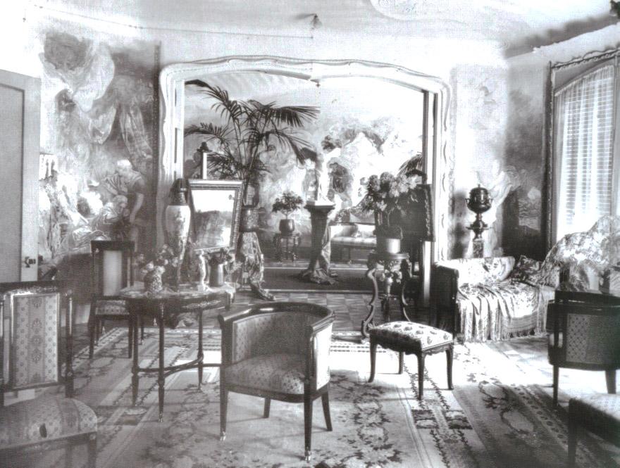 Intérieur de la Casa Mila à Barcelone en 1910.
