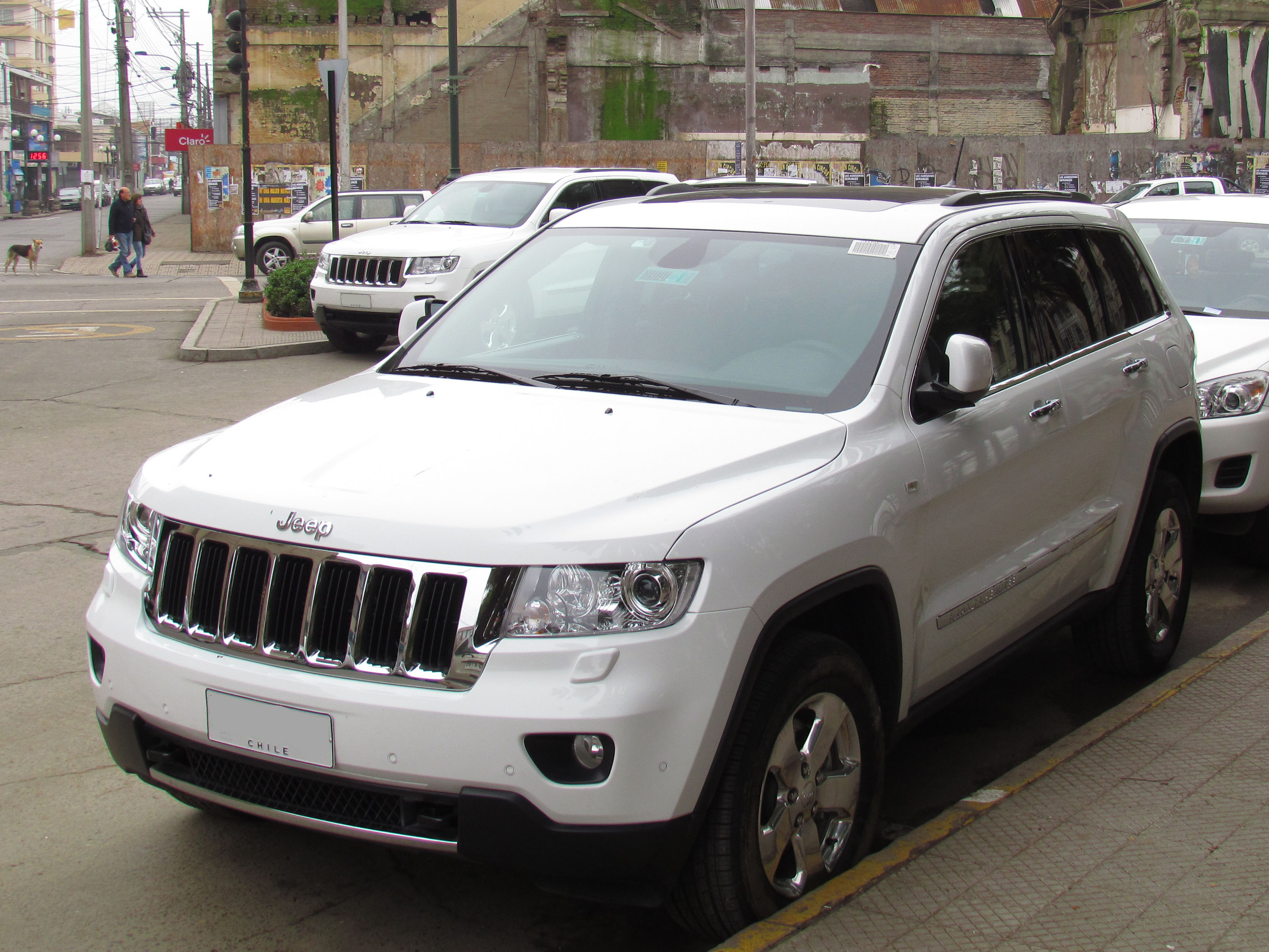 file:jeep grand cherokee 3.0 crd limited 2013 (13810029924)