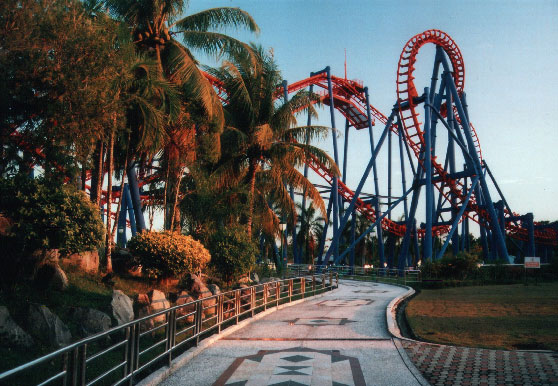 File:Jerudong2004-Roller coaster.jpg