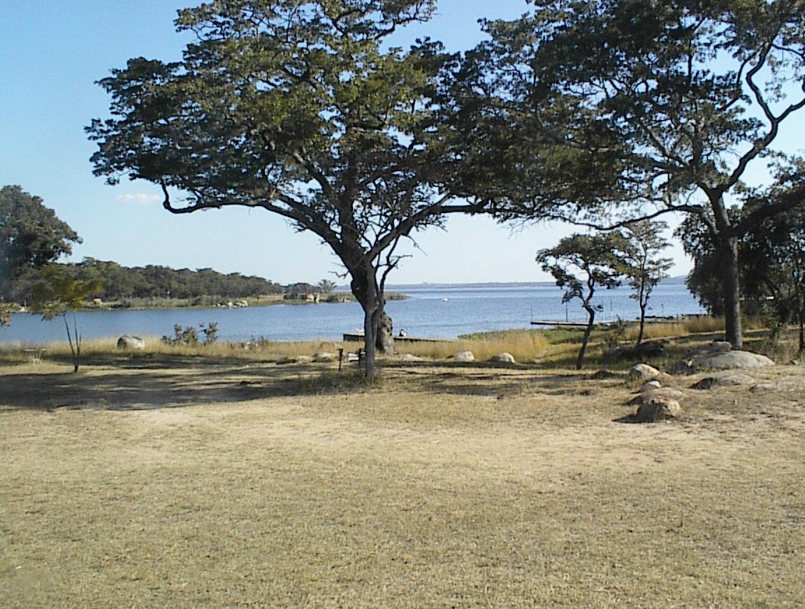 Lake Chivero.JPG