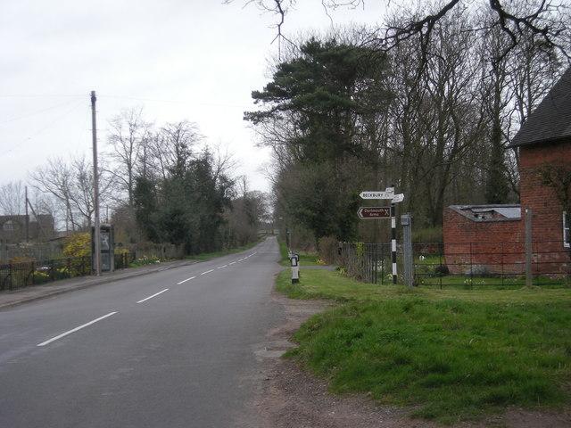 Lane through Burnhill Green - geograph.org.uk - 748074