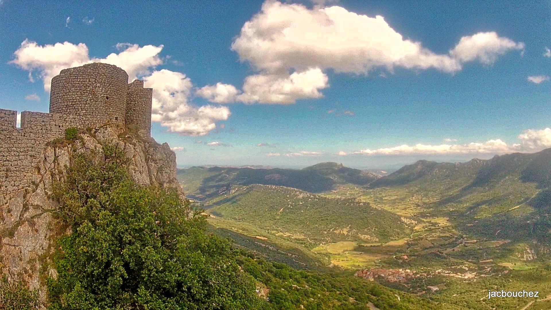 DateiLe chateau de Peyrepertuse.jpg – Wikipedia