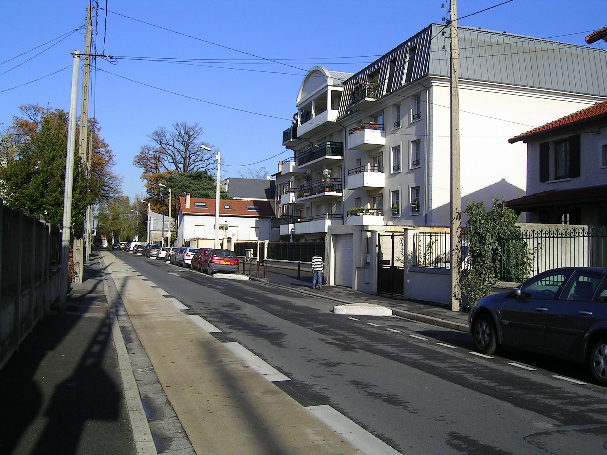 Livry-Gargan France  City new picture : Livry Gargan Avenue Anatole France Wikimedia Commons