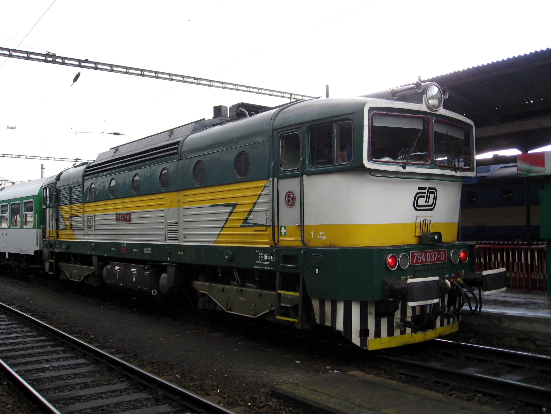 File:Lokomotiva 754 v Brně.jpeg