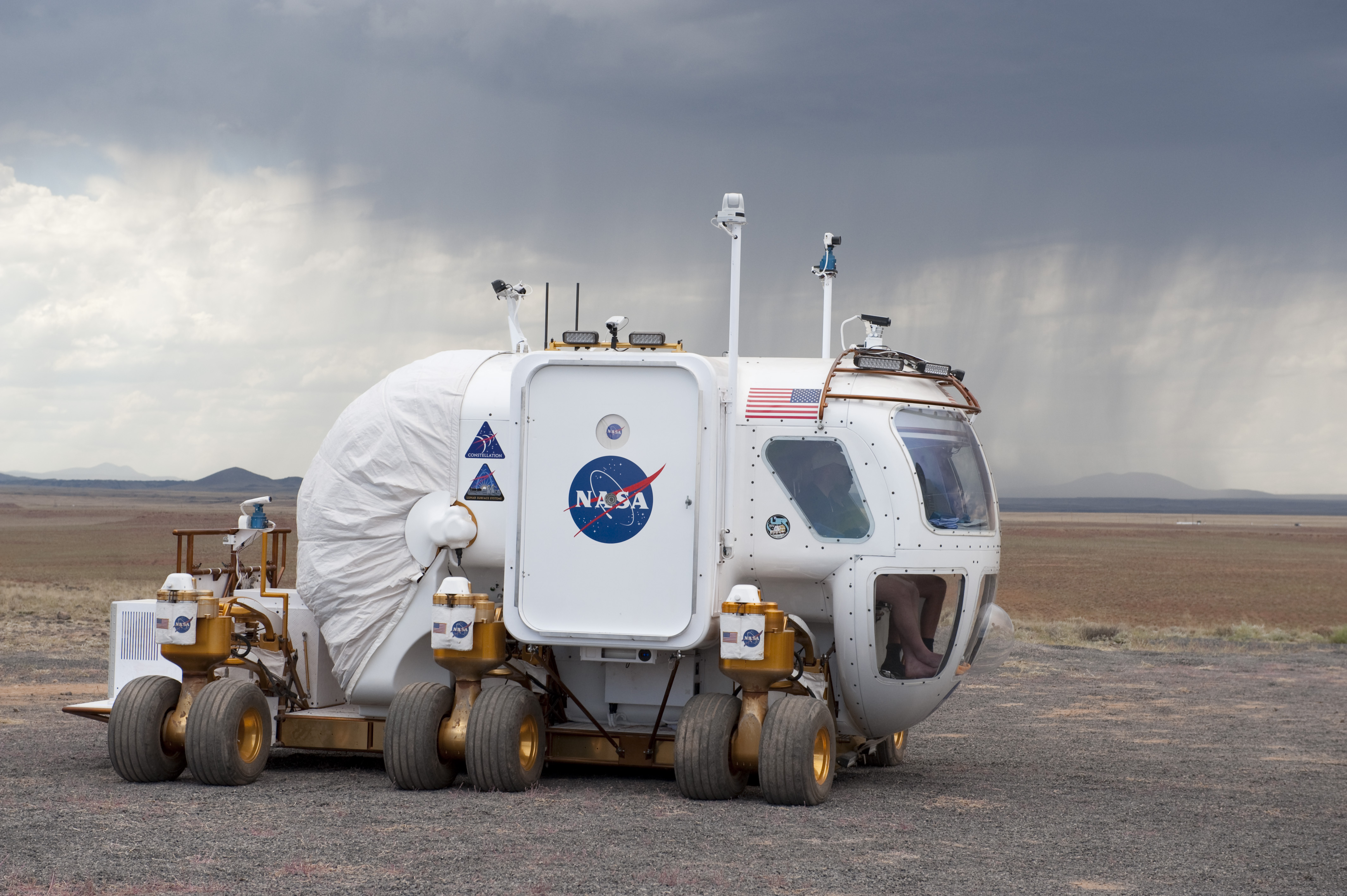 pictures of nasa security vehicles - photo #32