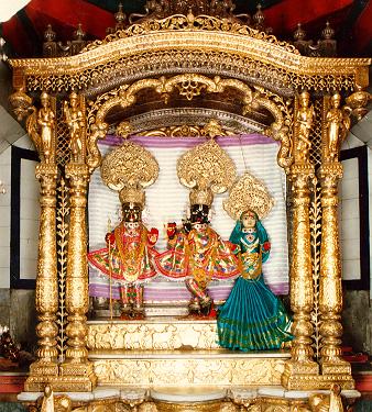 bhuj hindu personals Regenta resort bhuj by royal orchid hotels a luxury hotels in bhuj swaminarayan temple, aina mahal, prag mahal and narayan sarovar wildlife sanctuary just few kms away.