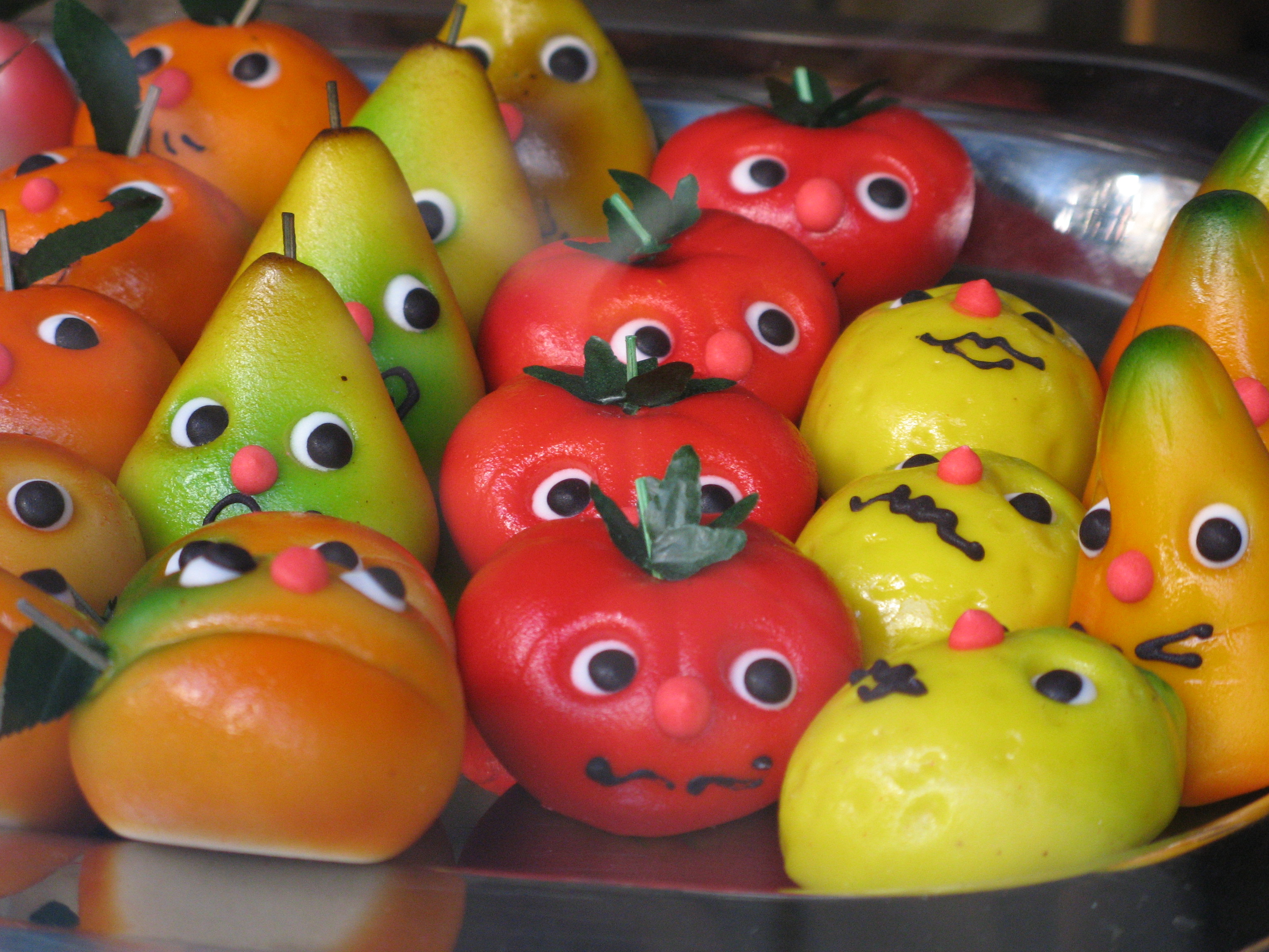 File:Marzipan fruit with nervous expression.jpg - Wikimedia Commons