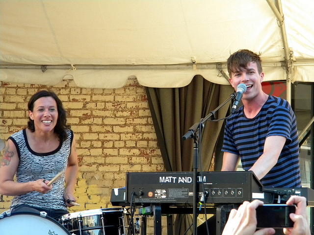 Picture of a band or musician: Matt And Kim