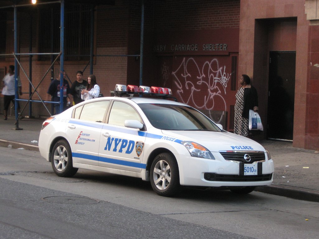 file new york city police department nissan altima hybrid wikimedia commons. Black Bedroom Furniture Sets. Home Design Ideas