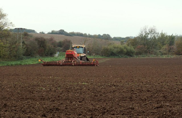 Bestand:Ploughing the field - geograph.org.uk - 277753.jpg